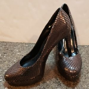 Jessica Simpson high heeled shoes size 6 and 1/2